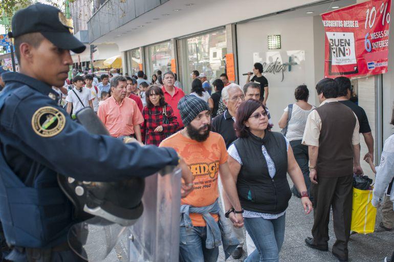 policías, Buen Fin: 15 mil policías vigilarán a la CDMX durante Buen Fin