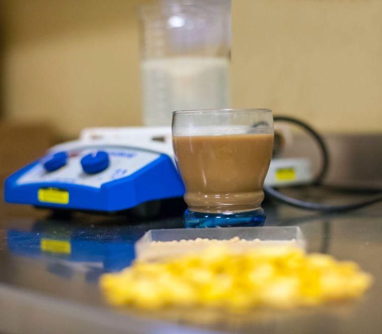 Desarrollan bebida para reducir colesterol, triglicéridos y glucosa