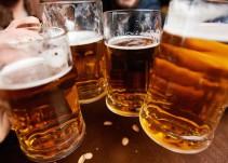 Beber cerveza ayudará a reducir el estrés y envejecimiento del trabajo