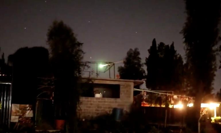 Meteorito es captado cayendo en cielo mexicano