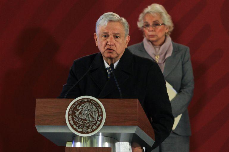 "Hasta militares serán investigados por ""huachicoleo"": López Obrador"
