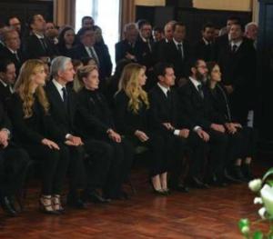 Enrique Peña Nieto reaparece