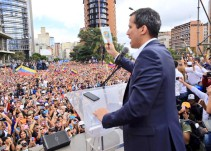 Juan Guaidó se proclama presidente interino en Venezuela