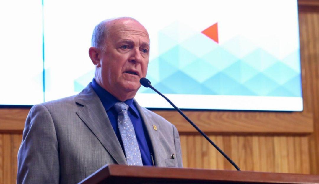 Reducirán el sueldo al rector de la UdeG