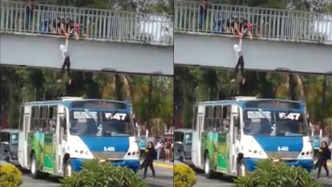 De película: microbusero salva a joven que estaba por quitarse la vida