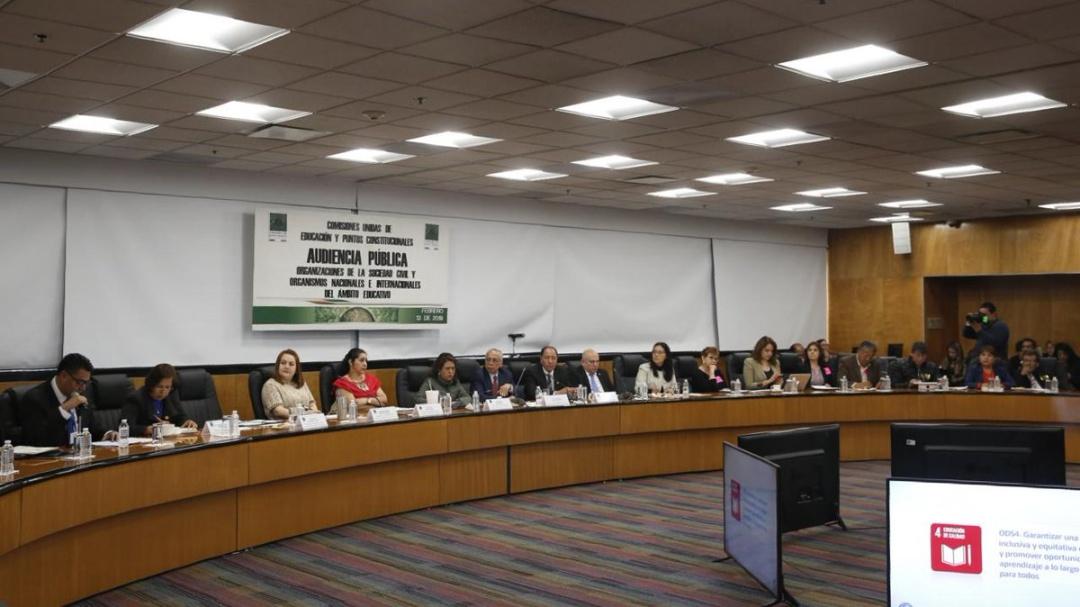 Organizaciones civiles proponen cambios a la Reforma Educativa de AMLO