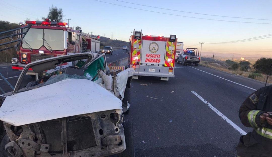 Accidente en Santa Rosa-La Barca deja dos muertos