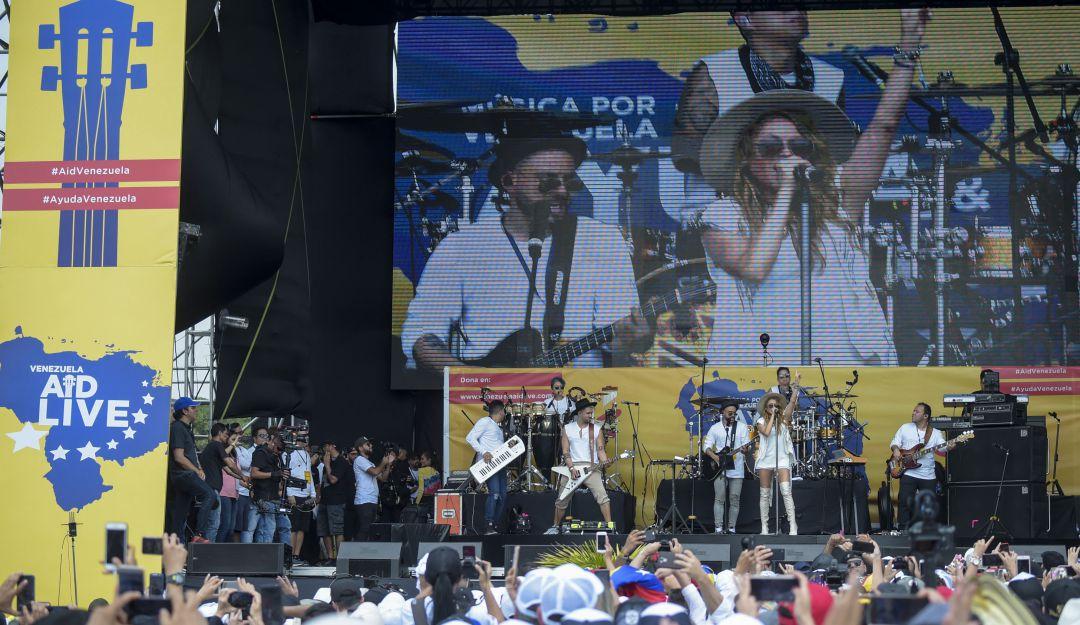 Cantan por Venezuela