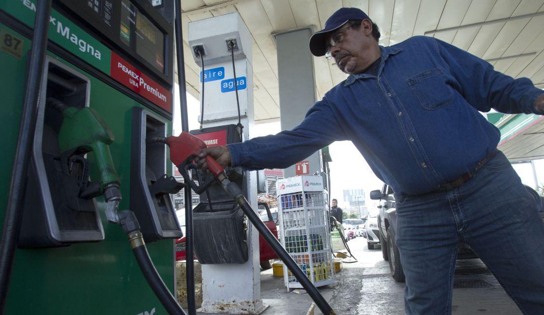 """Sube la gasolina, """"la política de precios es normal"""""""