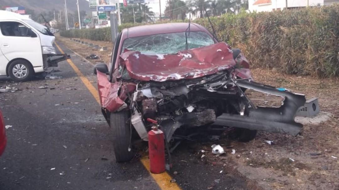 Carambola deja un muerto en carretera a Morelia