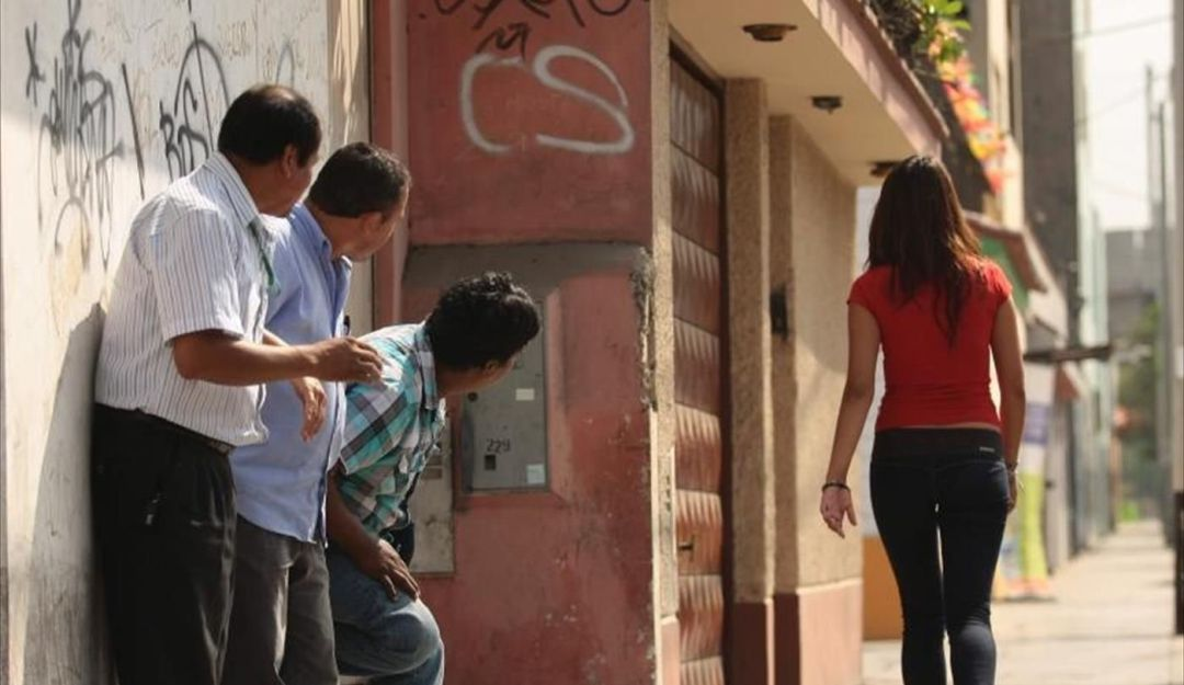 Proponen arrestos de 36 horas para acosadores sexuales en Guadalajara