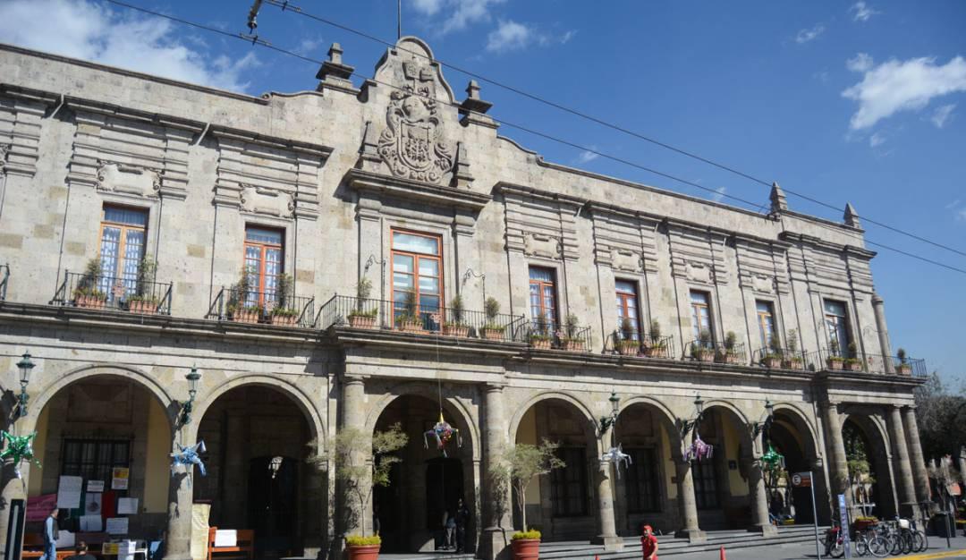 Cancela Guadalajara licitación a empresa de jardinería