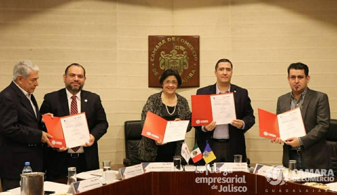 CANACO firma convenio de colaboración con la Contraloría del Estado