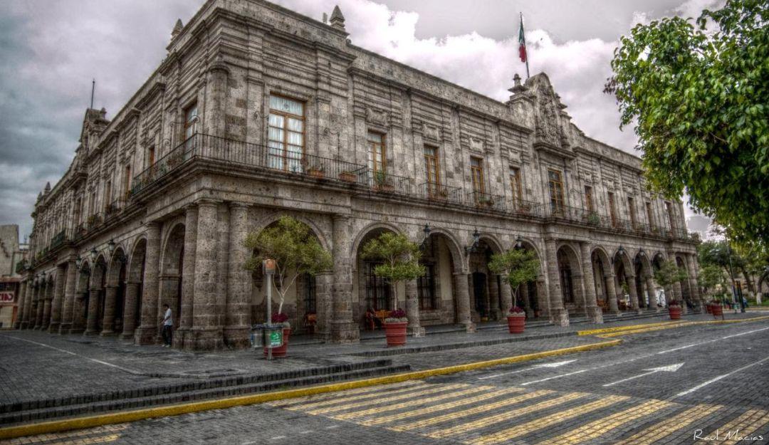 Casi un millar de trabajadores de Guadalajara padecen alcoholismo