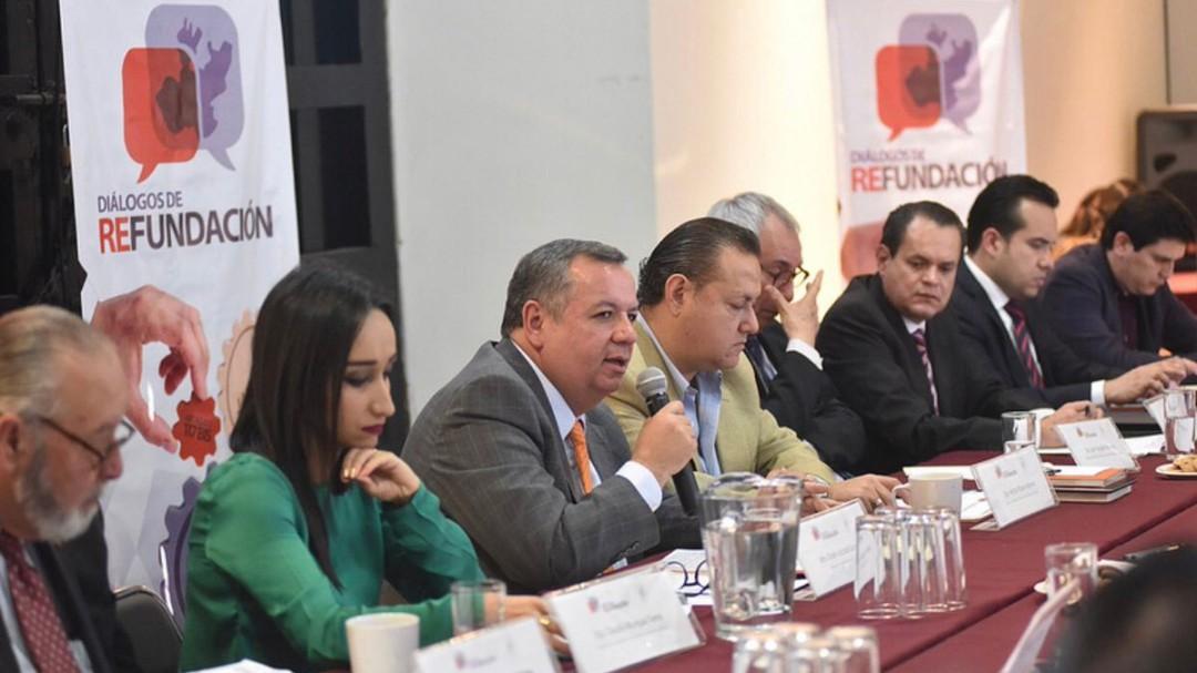 Entrevista a Héctor Pizano diputado