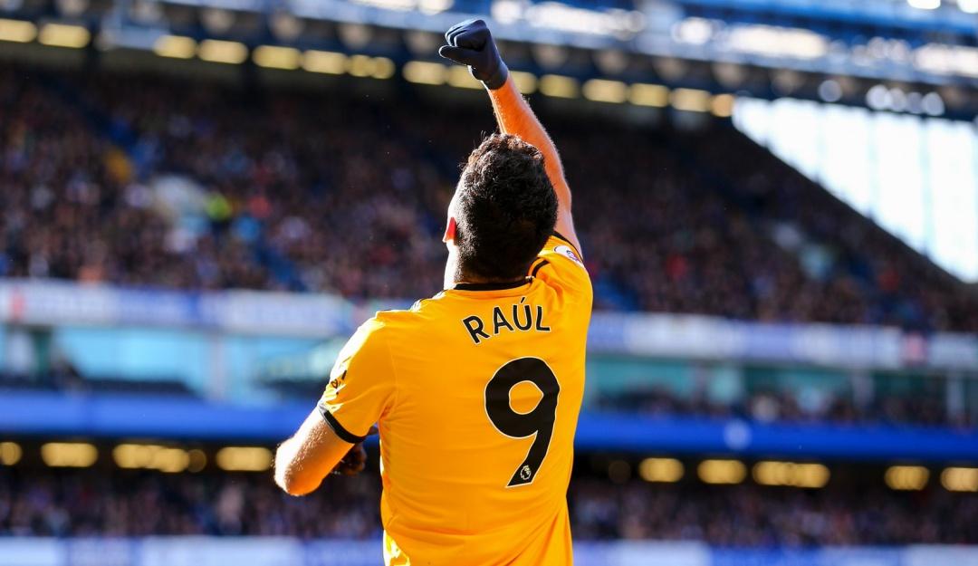 Raúl Jiménez marca gol contra el Chelsea