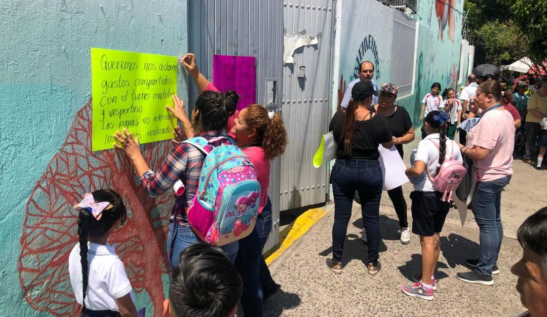 Malos manejos de cuotas escolares en la Francisco Villa, señalan padres