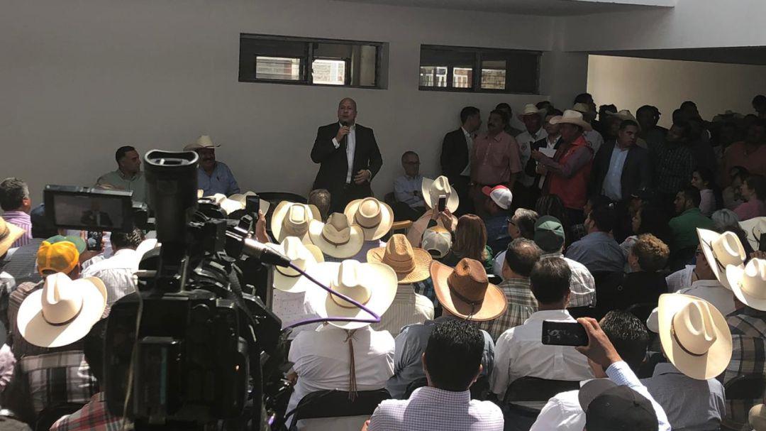 Habrá mejoras en carreteras del estado, señala Enrique Alfaro