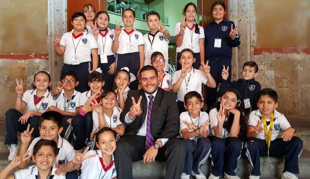 Presentan propuesta contra deserción escolar