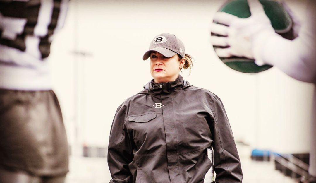 Mujeres hacen historia en la NFL
