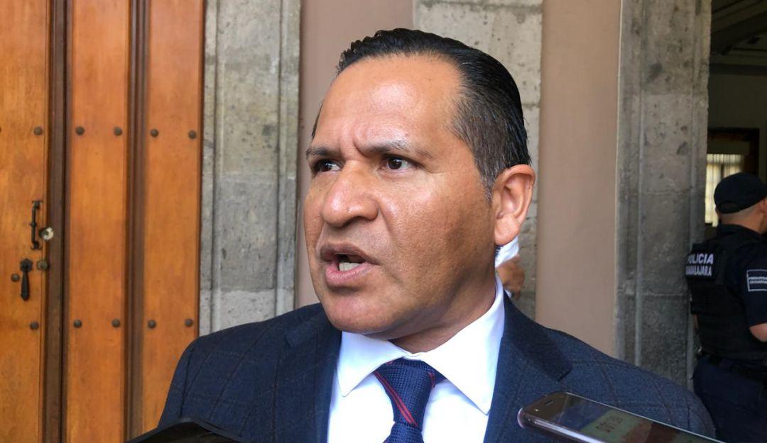Eduardo Almaguer, edil del PRI, critica a tecnócratas que manejaron PEMEX