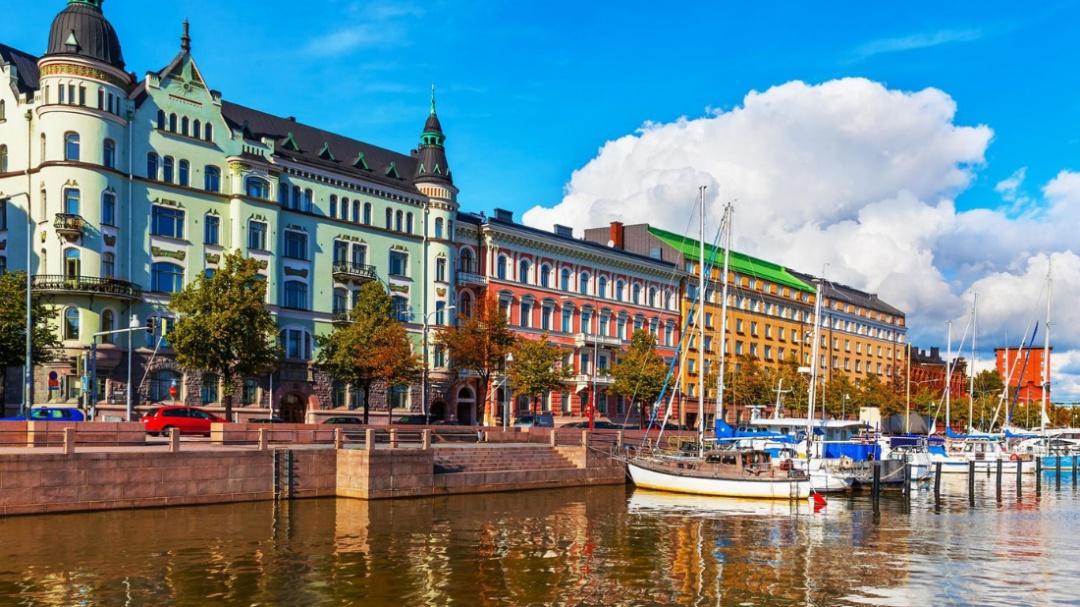 Este verano es tuyo; Finlandia ofrece vacaciones gratis a extranjeros