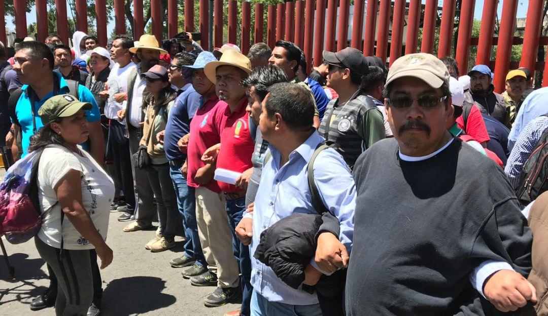 La CNTE bloquea nuevamente la Cámara de Diputados
