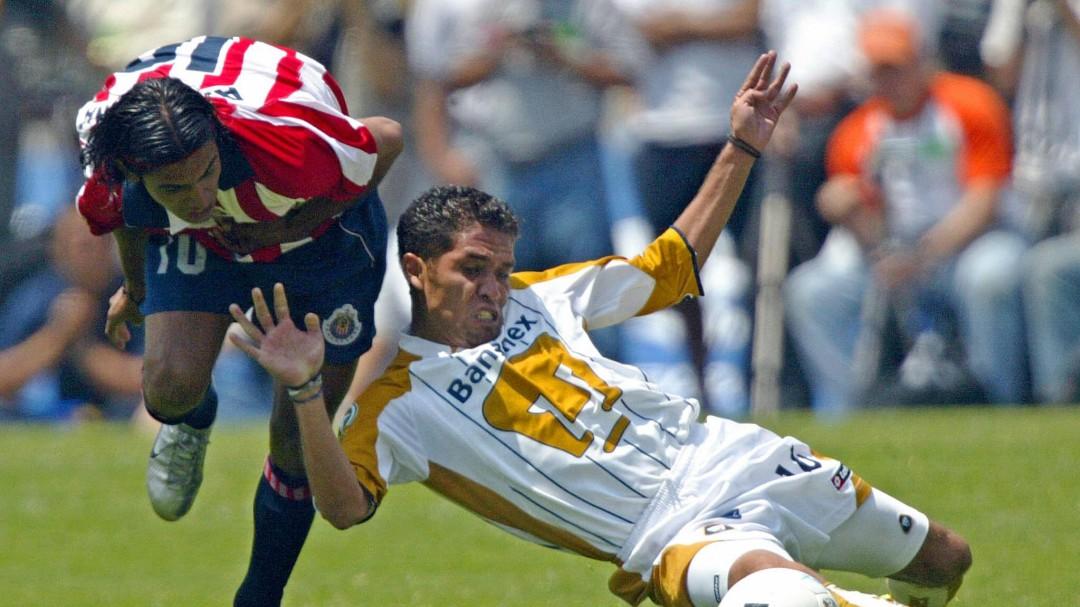 """Pumas vs. Chivas revive el """"Me parece ver un lindo gatito"""""""
