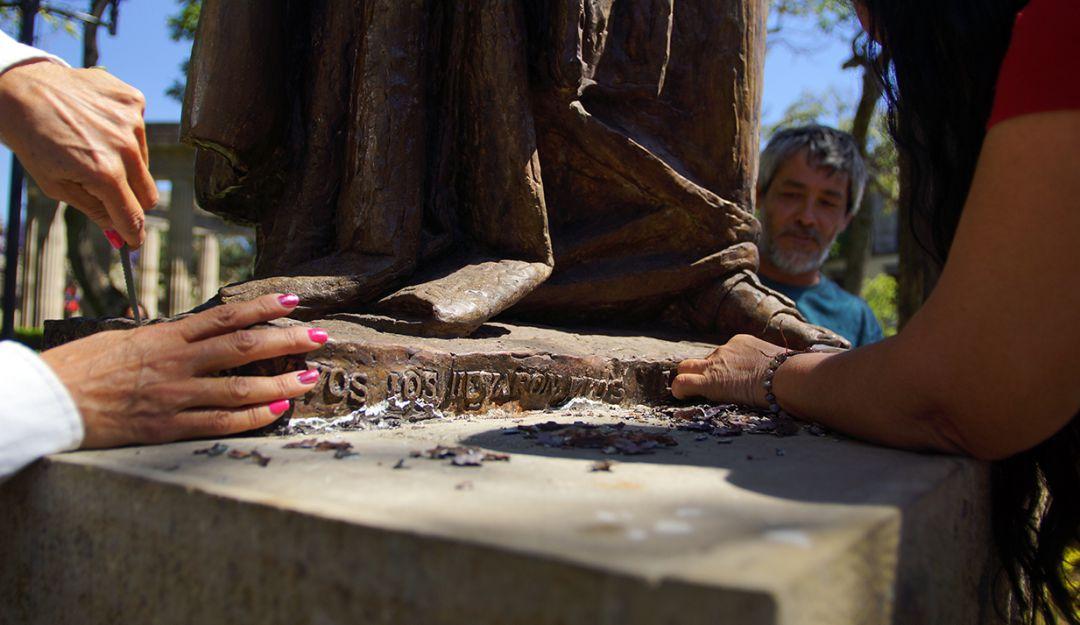 Regidora del PRI pide que restauren la escultura de Fray Antonio Alcalde