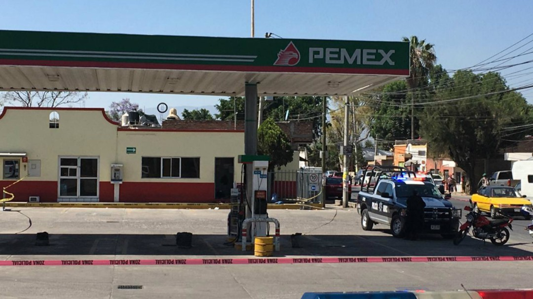 Asesinan a policía auxiliar del Estado en un asalto a una gasolinera