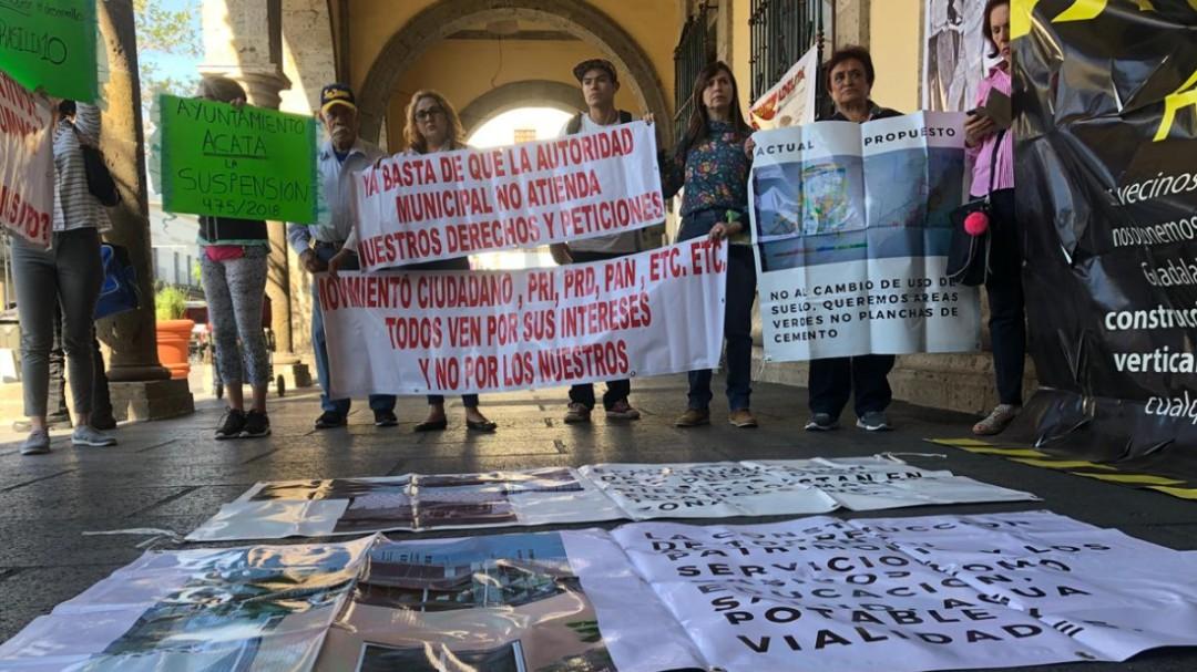 Vecinos de Colomos Providencia piden no más torres