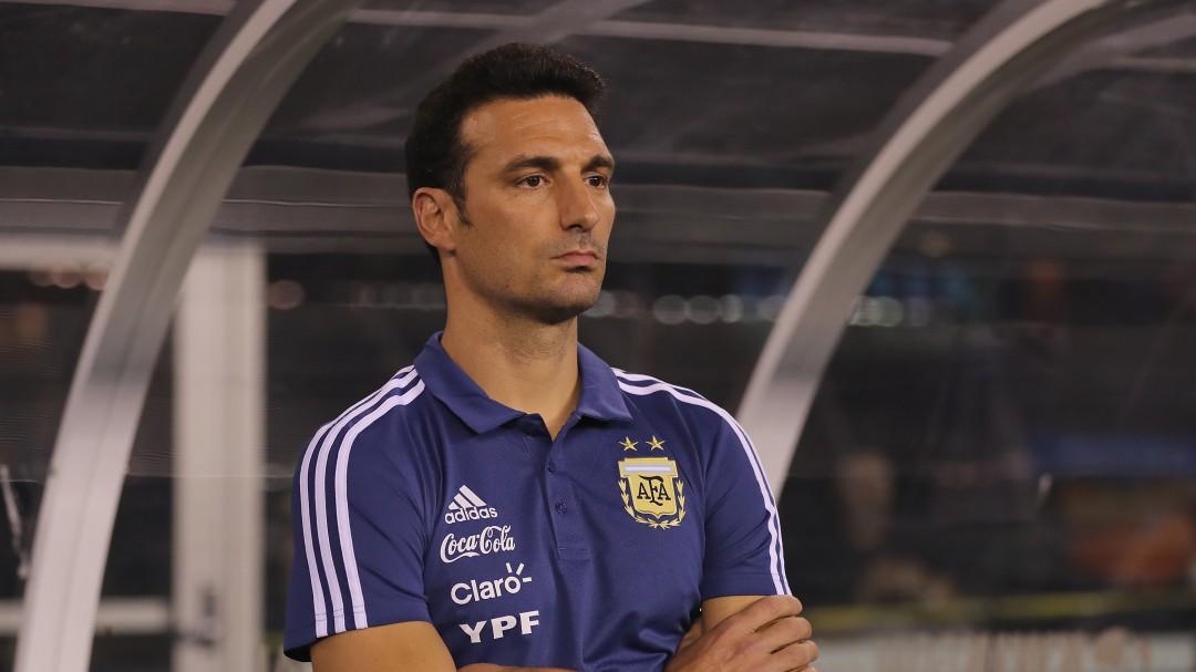 El técnico de Argentina fue atropellado