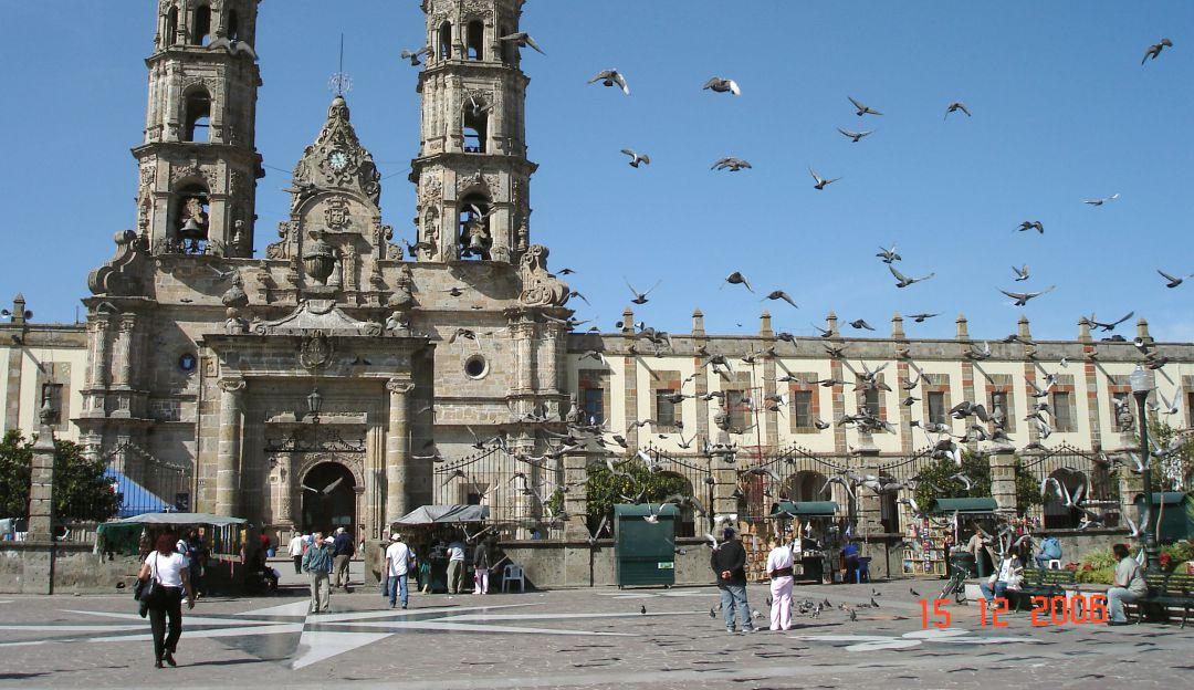 Reiteran a iglesias de Guadalajara respetar Ley Antiruido