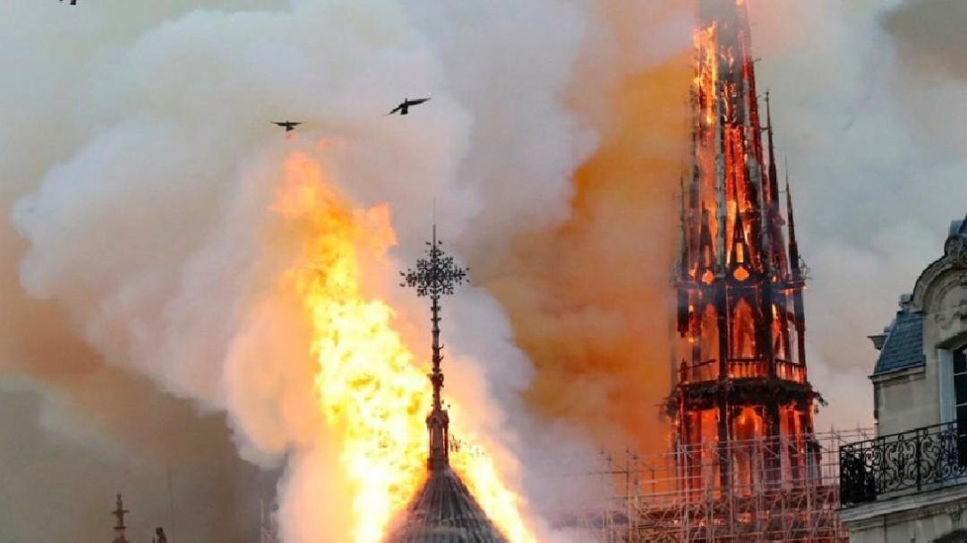 La Corona de Cristo la resguardaba Notre Dame: Blancarte