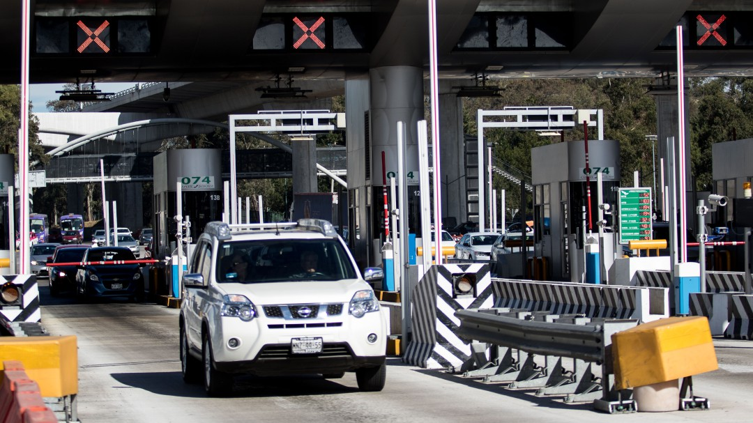 Refuerzan vigilancia en salidas carreteras de la CDMX