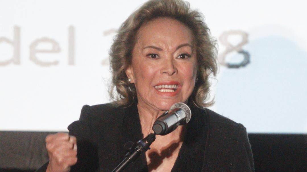 FGR regresa a Elba Esther Gordillo los bienes asegurado
