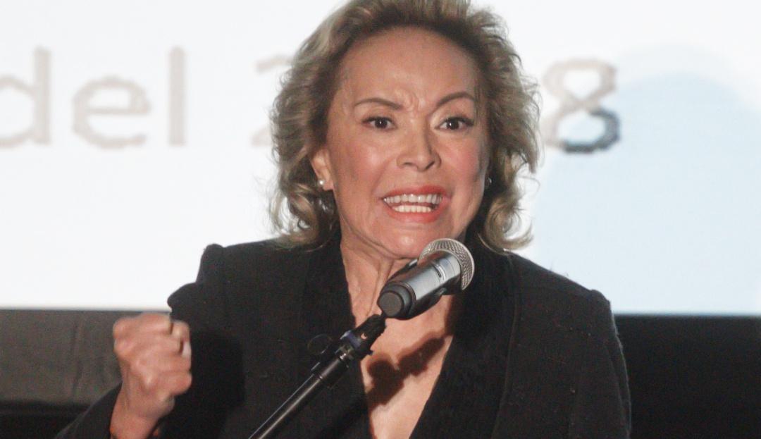 FGR regresa a Elba Esther Gordillo los bienes asegurados