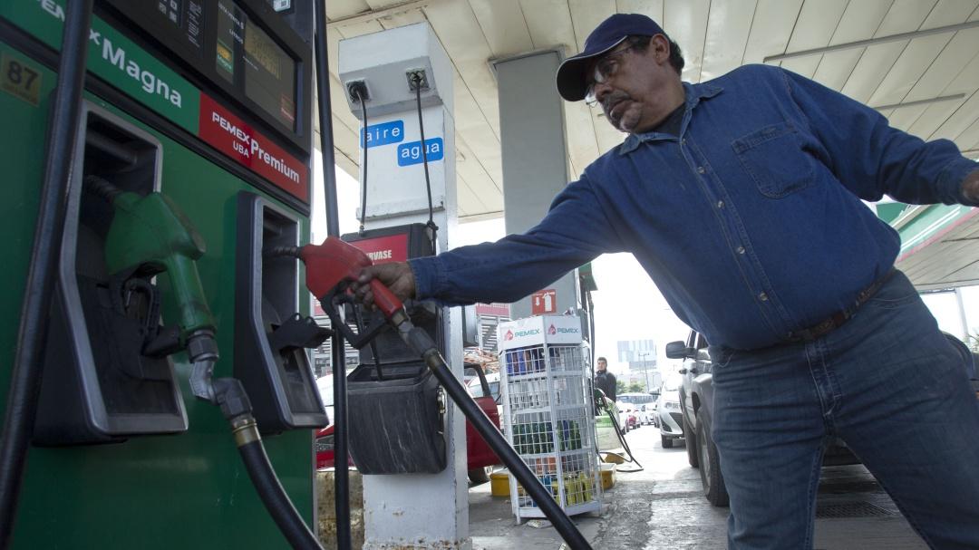 """Informar precios de las gasolinas no es """"balconear"""" a las empresas: Profeco"""
