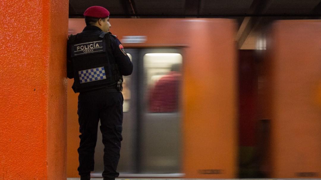 Asume la policía responsabilidad por muerte de la usuaria en el Metro