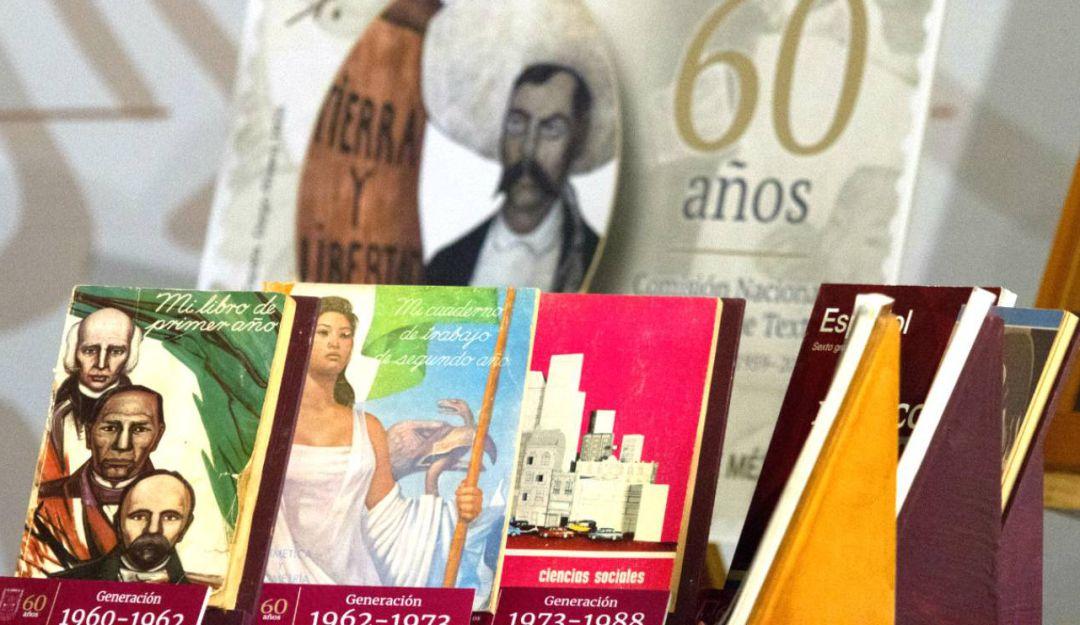 AMLO cancela licitación que ganó su compadre para elaborar libros de texto