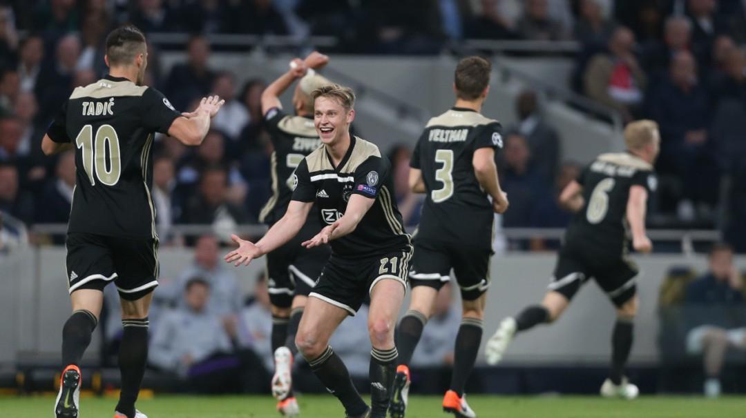 El Ajax sorprendió al Tottenham