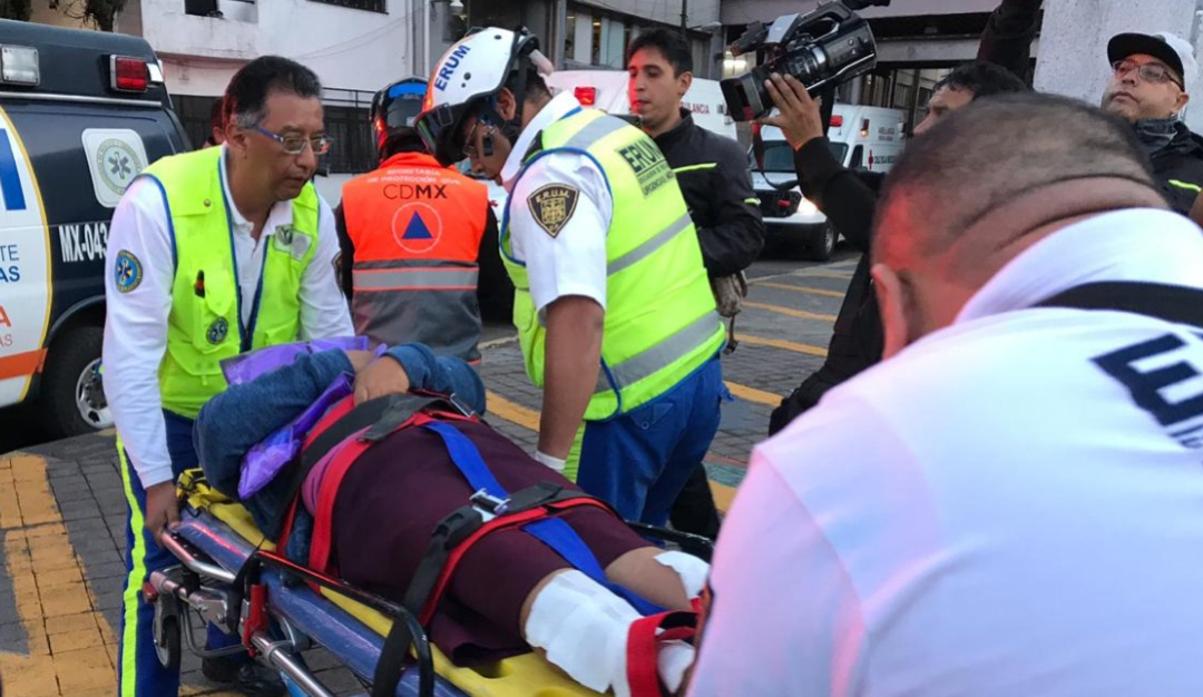 Caos en el Metro Chabacano; tres personas lesionadas