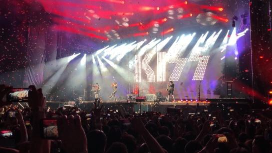 Hasta siempre; Kiss dijo adiós a México en el Festival Domination