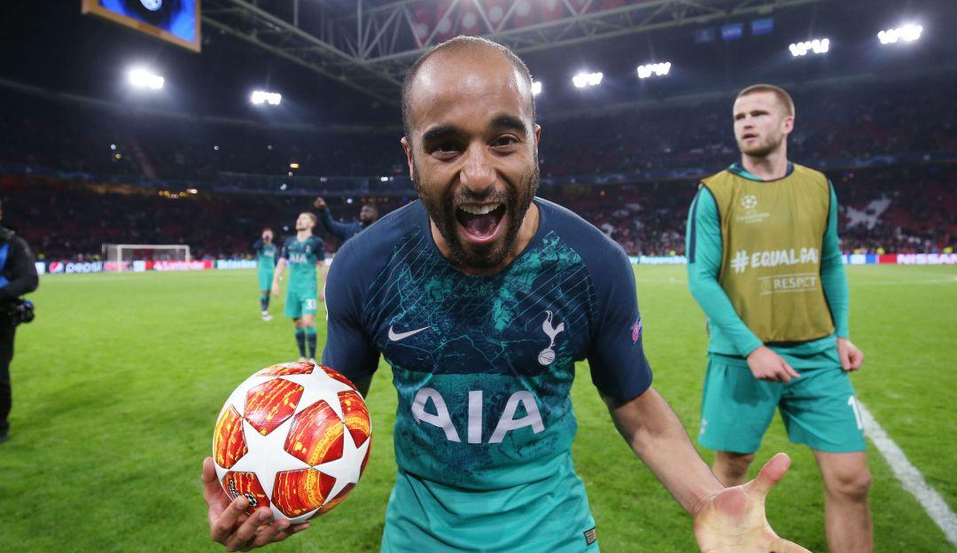 Lucas Moura festejó su gol.