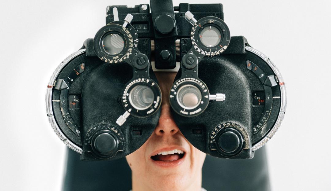 Prueba tu vista; el desafío que te dice si necesitas lentes