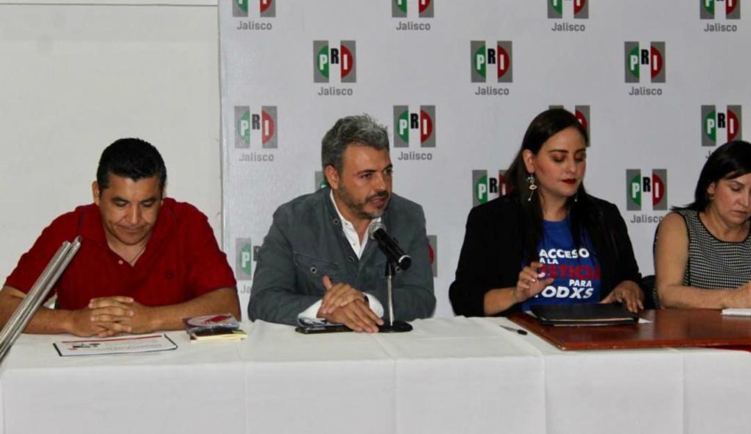 Oswaldo Bañales pide manejo preventivo de residuos en la ZMG