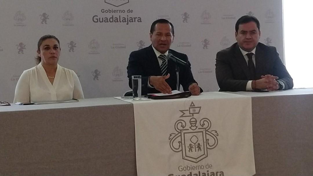 No responderé a quien administra derrotas: Almaguer a dirigencia del PRI
