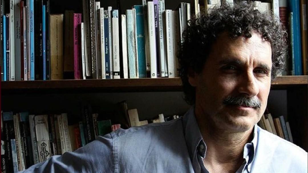 Los libros tienen vida propia, publicados ya no son del autor: Morábito