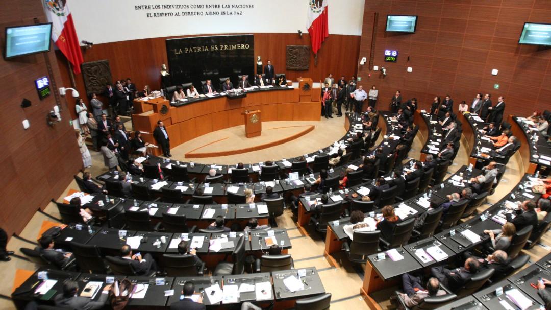 Rechazan comparecencia de Urzúa en el Senado