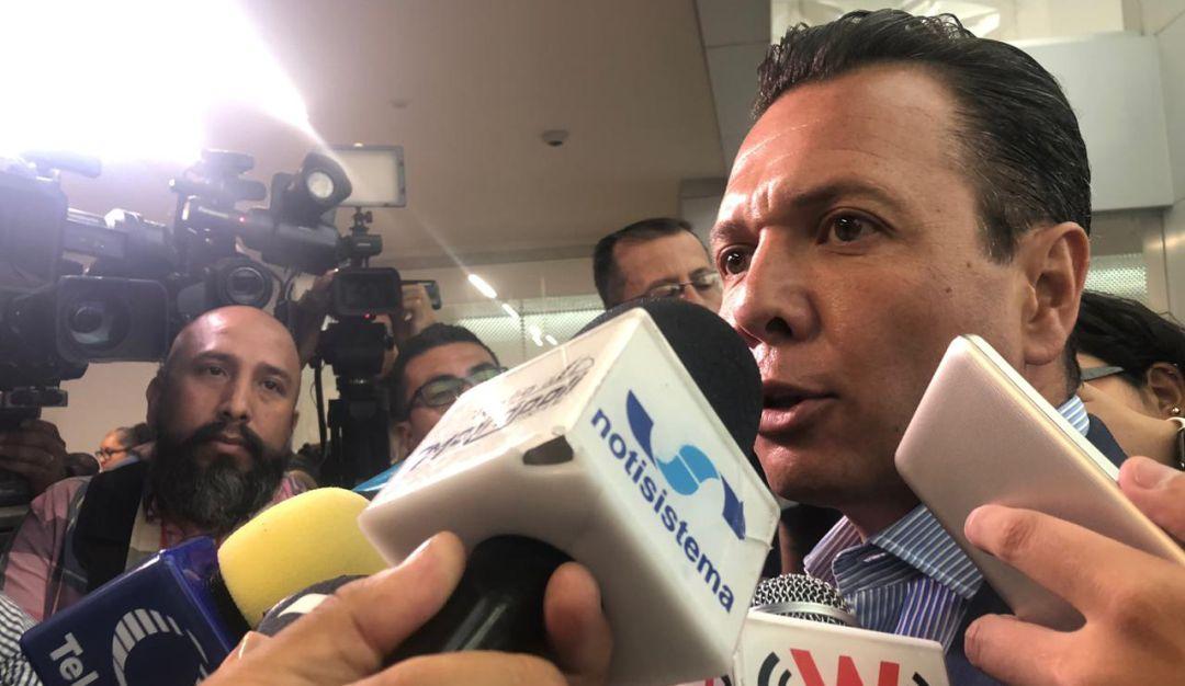 Pablo Lemus pide a SCT reforestar camellones de la Línea 3